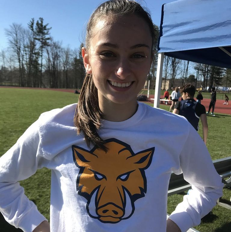 Lily Dumas '19 Breaks High Jump Record
